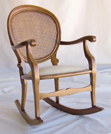 Mecedora boston asiento tapizado el taller del mueble - Escabeles tapizados ...